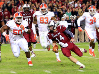 Connor Shaw on the run vs Clemson