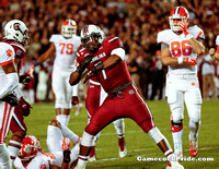 Jadeveon Clowney celebrates a sack during the 2013 Clemson game