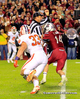 Connor Shaw runs into Ref during 2013 Clemson game
